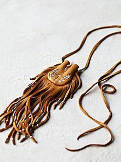 Leather Necklace, Leather Jewelry, Leather Craft, Mojo Bags, Medicine Bag, Beaded Purses, Leather Projects, Hippie Jewelry, Leather Pouch