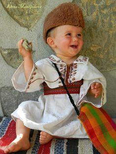 Elena Mundjukeva   cute Bulgarian boy   ooomygoodnesss   www.jokeroo.com
