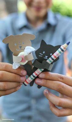 Você pode fazer animais para lembrancinha infantil para encantar adultos e crianças. E como a lembrancinha em si você pode oferecer o que quiser. ...