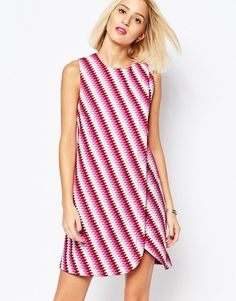 House of Holland Sleeveless Wrap Dress in Graphic Print