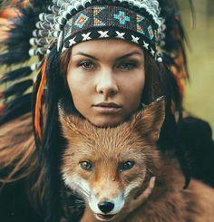 beautiful and sexy woman pinteres American Indian Girl, Native American Girls, Native American Pictures, Native American Beauty, American Indians, Red Indian, Native Indian, Native American Photography, Native American Headdress