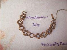 Vintage Linked Chain Gold Metal Bracelet by vintagecitypast on Etsy