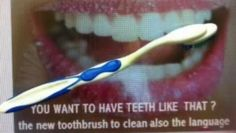 ▶ brosse à dents pour enfants c'est la brosse qui s'adapte et non le contraire - Vidéo Dailymotion