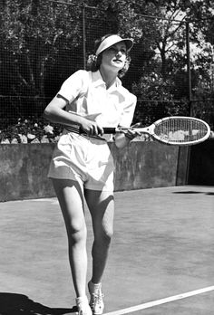 Carole Lombard on the tennis courts, Hollywood, 1937. It was now acceptable to see women in shorts because of the increase in sports and outdoor activities. Big focus on exercise and health during this time.