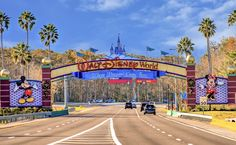 Here is everything you need to know about booking Disney World packages 2022 in one place! Walt Disney World, Mundo Walt Disney, Viaje A Disney World, Disney World Secrets, Disney World Vacation, Disney World Resorts, Disney Vacations, Disney Parks, Florida Theme Parks