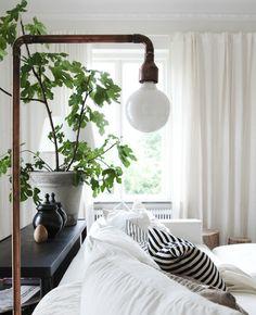 Amber Interior Design: Make this floor lamp. Home Interior, Interior And Exterior, Copper Lamps, Copper Pipes, Metal Pipe, Amber Interiors, Living Spaces, Living Room, Deco Design