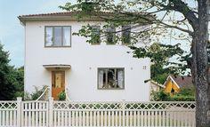 Putshus Villa, Home Reno, Little Houses, Garage Doors, Sweet Home, New Homes, Loft, Outdoor Structures, Architecture