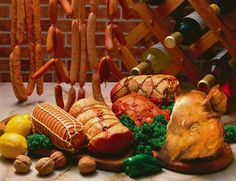 Visit the post for more. Cookbook Recipes, Pork Recipes, Romanian Language, Romanian Food, Eastern Europe, Food Videos, Good Food, Traditional, Dishes