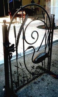 Egret gate