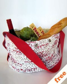 re-bag - What do you do with all those plastic shopping bags that multiply in your cupboard? You knit with them, of course!