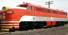 https://flic.kr/p/73BnQF   KATY Alco PA 2,000 horsepower A unit    Black lines on lower sides were painted on to look like fluted stainless steel.