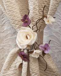 Decorative flowers for curtains and draperies. Curtains And Draperies, Drapery, Flower Decorations, Candle Holders, Candles, Rose, Plants, Ideas, Pink