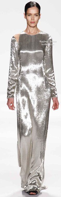 Kaufmanfranco Fall 2014 Ready-to-Wear Fashion Show Runway Fashion, High Fashion, Fashion Show, Fashion Design, Ny Fashion, Fashion 2014, Sparkly Gown, Silver Dress, Beautiful Outfits