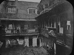 The George Inn, Southwark.   18 Vintage Photos Of Charles Dickens' London