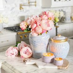 These candles instantly make the house smell amazing which makes me happy! #bhg #bhgcelebrate #goodhousekeeping #hgtv #houseandhome #housebeautiful #interior123 #interior4all #randigarretdesign #styleathome #betterhomesandgardens