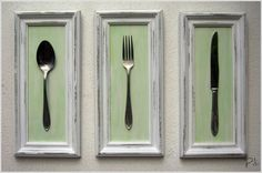✱Ages ago I used 3 green frames, pretty background paper and tiny utensils for above the oven. Front Room, Farmhouse Diy, Deco, Kitchen Decor, Spoon Art, Diy Déco, Idea Creativas, Wall Gallery, Diy Wall Art