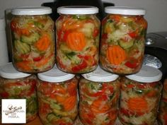 Csalamádé Hozzávalók: 3 kg kg kg kg… Hungarian Recipes, No Bake Cake, Preserves, Pickles, Cucumber, Mason Jars, Food And Drink, Lime, Stuffed Peppers