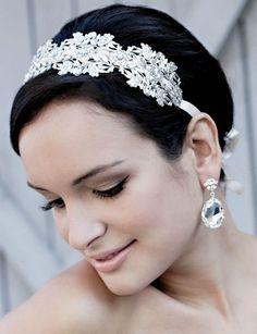 Short Wedding Hairstyles « David Tutera Wedding Blog • It's a Bride's Life • Real Brides Blogging til I do!