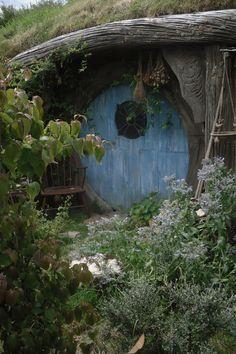 Hobbit house http://25.media.tumblr.com/tumblr_m2habat8Vc1rt6ucio1_1280.jpg