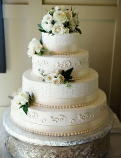Classic Wedding Cakes Photos By The Feds Weddings