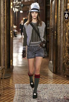 Chanel Paris-Salzburg Ready To Wear Pre Fall 2015 - NOWFASHION