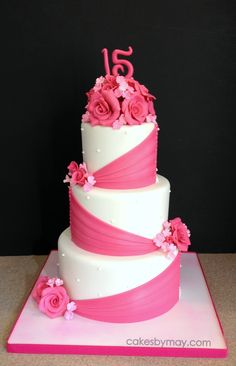 Fuschia Roses Quinceanera This design never gets old! 16th Birthday Cake For Girls, 22nd Birthday Cakes, Birthday Sheet Cakes, Pretty Cakes, Beautiful Cakes, Amazing Cakes, Anniversary Cake Designs, Bolo Fack, Quinceanera Cakes