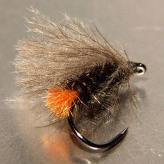 #bogiflies #caddisfly #flytying #flyfishing #troutflies #graylingflies #hotbutcaddis #cdcflies #hendshook Hot But No.12 Hends Hook Bl 454
