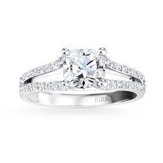BIRKS AMORIQUE Platinum split-shank pavé Canadian diamond engagement ring