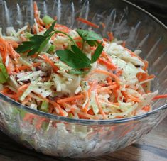 10 Healthy Breakfast Recipes You Can Make If You're In A Hurry Cabbage Salad Recipes, Large Salad Bowl, Potato Dishes, My Best Recipe, Cold Meals, Salad Ingredients, Grilled Meat, How To Make Salad, Healthy Breakfast Recipes