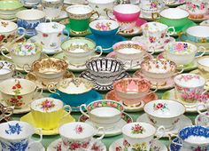 If I owned a tea room I would most certainly use mis-matched china.