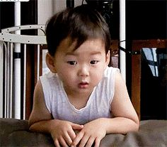 Find images and videos about triplets, minguk and the return of superman on We Heart It - the app to get lost in what you love. Triplet Babies, Superman Kids, I Miss You Guys, Song Triplets, Korean Shows, Flower Boys, Funny Faces, Ikon, Kids And Parenting