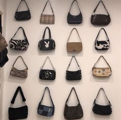 Fashion Bags, Fashion Accessories, High Fashion, Cute Purses, Purses And Bags, Accesorios Casual, Indie Kids, Buy Bags, Influencer