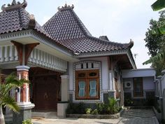 45 Desain Rumah Joglo Khas Jawa Tengah Indonesian House, Gazebo Pergola, Architecture Drawings, Traditional House, Home Fashion, Bungalow, House Plans, Sweet Home, House Design