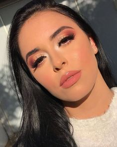 blush makeup looks Kiss Makeup, Glam Makeup, Makeup Inspo, Eyeshadow Makeup, Makeup Inspiration, Make Up Looks, Make Up Color, Makeup Forever Foundation, Makeup Pictorial