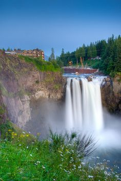 Snoqualmie Falls and Salish Lodge brunch
