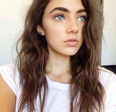 Amelia zadro eyebrows