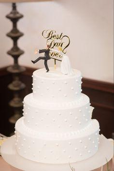 ネイキッドケーキはもう古い?!オシャレ花嫁が今選ぶウェディングケーキは?   ARCH DAYSウェディングケーキ まとめ記事 / WEDDING   ARCH DAYS Wedding Cakes, Sweets, Bridal, Desserts, Image, Kyoto, Arch, Wedding Ideas, Weddings