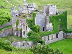 Clifden Castle (ruins), Clifden, co. Galway, Rep. of Ireland. Built around 1750 by John d'Arcy. Incredible ruins inside, and beautiful. Lovely little hike to it with horses that are very inquisitive :o)