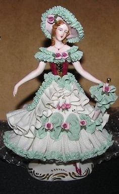 -dresden-lace-lady-porcelain-figurine