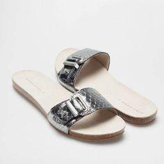 Zara Home, Kid Shoes, Flat Shoes, Indian Designer Wear, Denim Skinny Jeans, Huaraches, Fashion Shoes, Slippers, Footwear