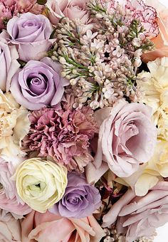 Wedding Ideas: purple-pink-elegant-wedding-flowers