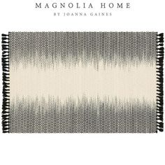 Part of the Magnolia Home Collection by Joanna Gaines, the Chantilly Rug delivers exceptional softness and durability to any room. It features an easy-to-clean wool construction and texture-rich fringe. Plus, it looks great under any number of Pier 1 pieces.
