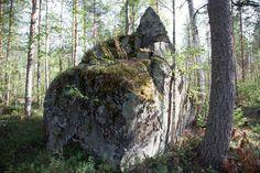 kirkkokivi-2 Savon saamelaisten viimeisen shamaanin surmapaikka.
