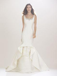 Imagen 124 Traje de novia silueta sirena con escote bordado en plata…