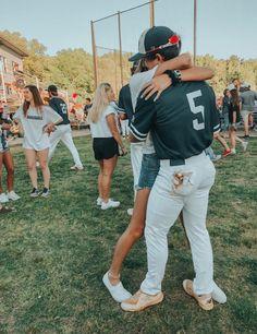 goals pictures ✰𝚏𝚘𝚕𝚕𝚘𝚠 𝚖𝚎 𝚘𝚗 𝚙𝚒𝚗𝚝𝚎𝚛𝚎𝚜. 𝚖𝚎 𝚘𝚗 𝚙𝚒𝚗𝚝𝚎𝚛𝚎𝚜𝚝 @ 𝚔𝚎𝚗𝚗𝚎𝚍𝚢𝚓𝚜𝚗 𝚏𝚘𝚛 𝚖𝚘𝚛𝚎 ! Baseball Couples, Baseball Boyfriend, Sports Couples, Baseball Boys, Boyfriend Goals, Future Boyfriend, Military Couples, Baseball Scores, Baseball Birthday