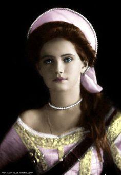 Grand Duchess Maria Nikolaevna Romanova (26 Jun 1899-17 Jul 1918), 3rd child of Tsar Nicholas II Romanov (1868-1918) Russia & his wife Alix-Alexandra Feodorovna (1872-1918) Hesse, Germany.
