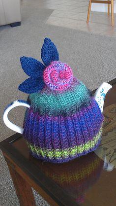 Ravelry: RuthJones' Large Tea Cosy