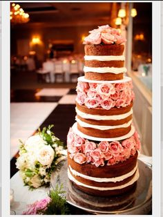 Natural beauty. Uncovered beautiful wedding cake