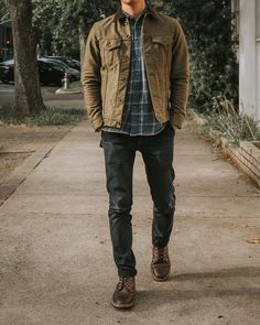 Winter Outfits Men, Stylish Mens Outfits, Casual Outfits, Fashion Outfits, Rugged Style, Men Style Tips, Denim Outfit, Mens Clothing Styles, Menswear
