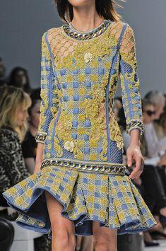 Balmain at Paris Fashion Week Spring 2014 Details Runway Photos Couture Fashion, Runway Fashion, High Fashion, Fashion Outfits, Womens Fashion, Paris Fashion, Glam Dresses, Denim Dresses, Christophe Decarnin